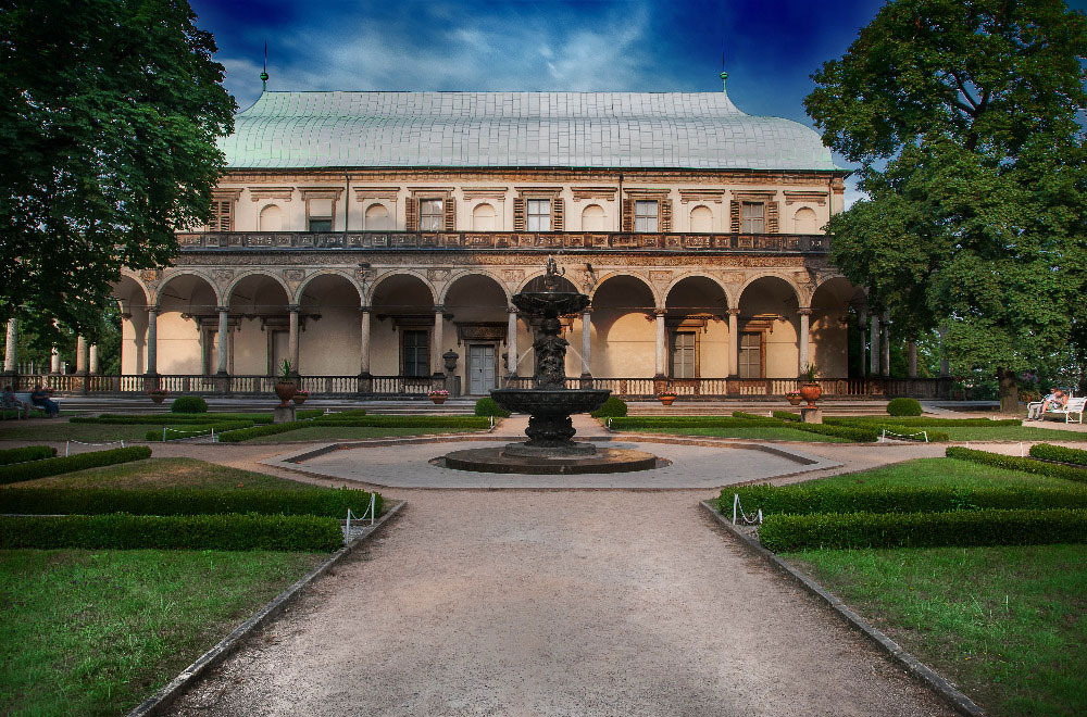 Queen Anne's Summer Palace