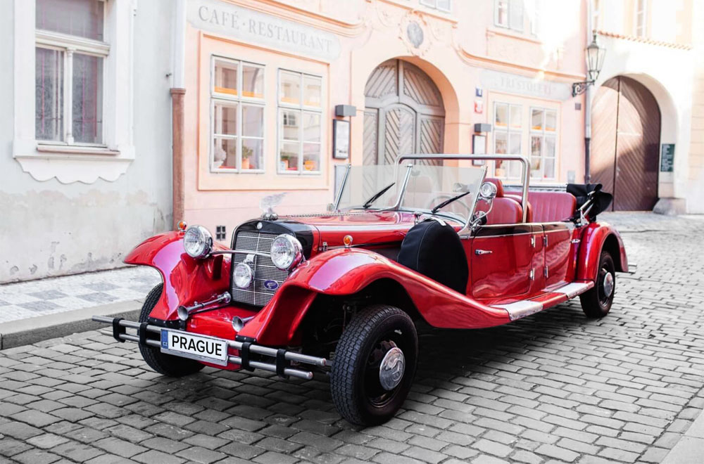 Historical Cabriolet - Mercedes Benz 770